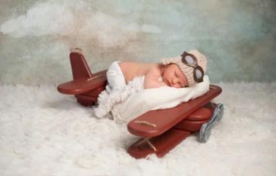 avion-et-bébé
