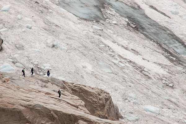 randonnée-glacier-Bodalsbreen-Norvège-randonneur