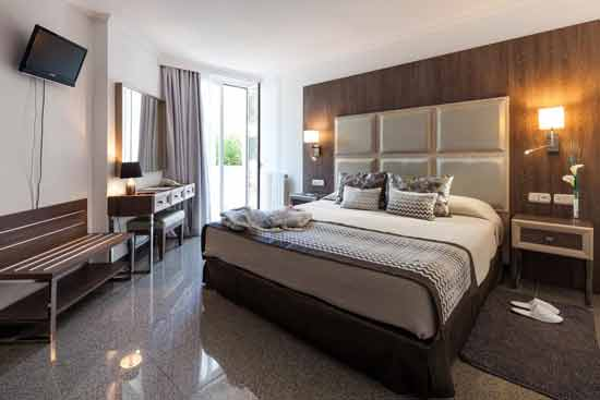 hotel-familial-ibiza