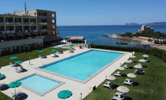 sardaigne-hotel-luxe-en-famille