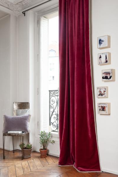 rideau occultant medicis en velours de coton terre rouge