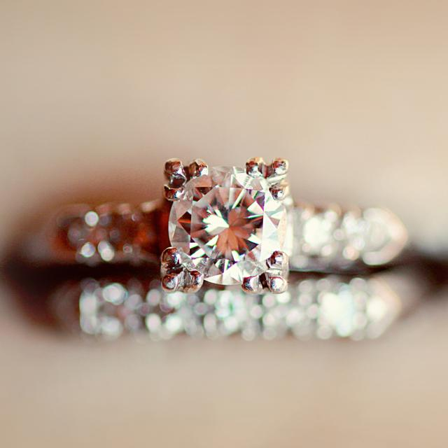 diamond-ring-crop