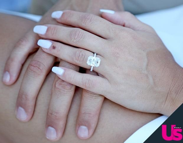 jesse-metcalfe-cara-santana-ring-zoom-958d0680-5fd9-429f-94be-002e96e43a24