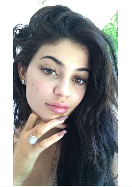 Kylie Jenner S Oval Cut Diamond Ring