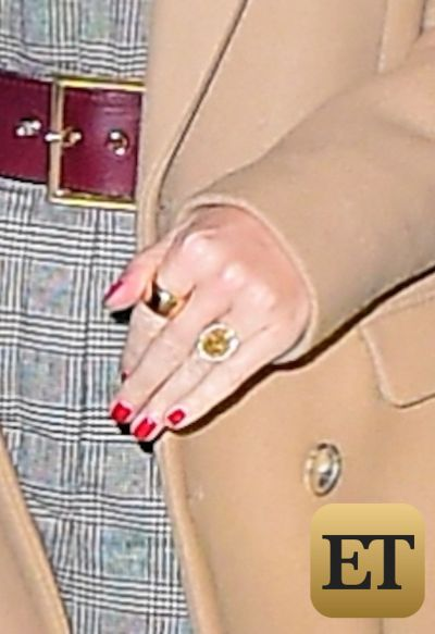 Katy Perry Shows off Yellow Diamond Sparkler as she and Orlando Bloom Hold Hands on NYC Date Night