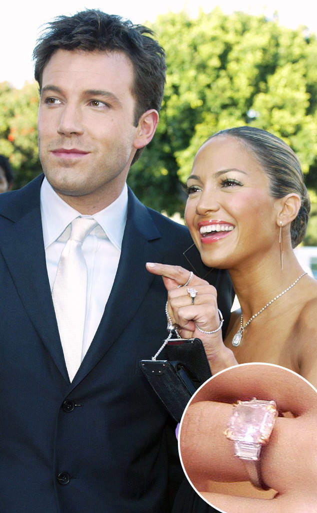 rs_634x1024-160325130234-634.Jennifer-Lopez-Ben-Affleck-Engagement-Ring.ms.032516