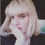 Juliet Simms' Oval Cut Diamond Ring