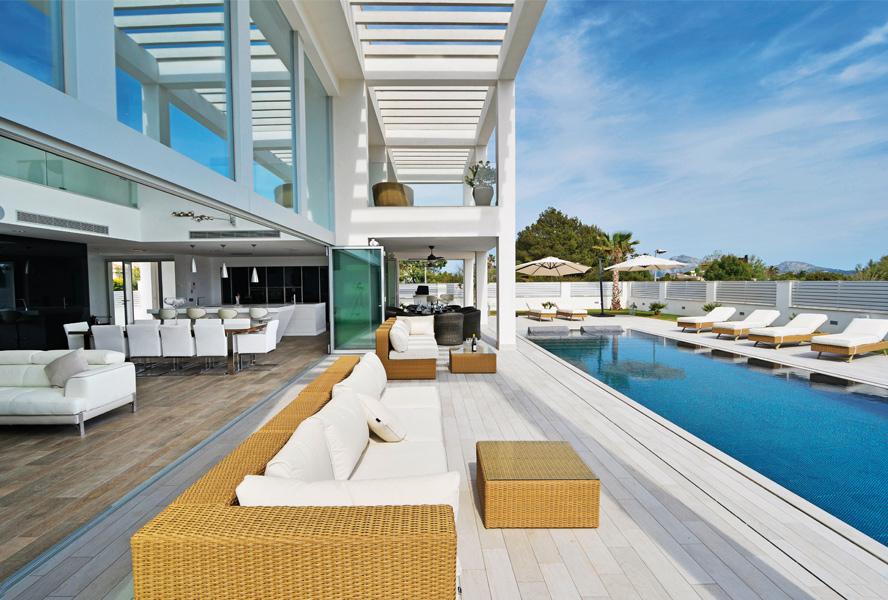 The properties of Engel & Volkers in Milan on Seamless Indoor Outdoor Living id=92891