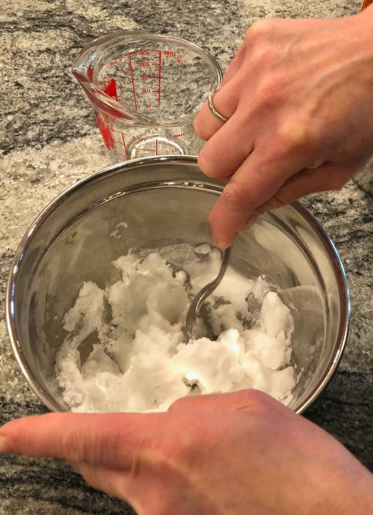 3 Valentine's Day themed Baking Soda and Vinegar Experiments