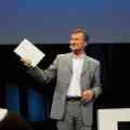 Dassault-Spitze gibt alles - auch im Gangnam Style