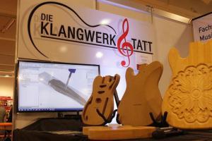 Ein österreichischer Instrumentenbauer produziert mit Visual Mill Gitarren nach Vorgaben der Kunden (Bild: Mecsoft).