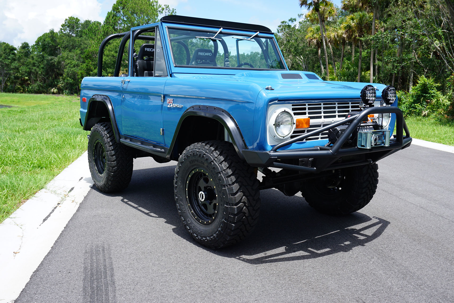 1972 bronco icon with a coyote v8 engine swap depot rh engineswapdepot com 81 Bronco 73 Bronco