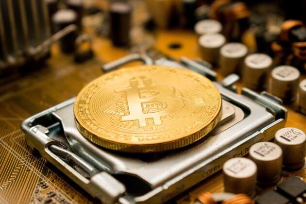 Altın ve Bitcoin fiyatları arasında bir ilişki var mı?