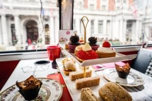 Afternoon Tea, die typisch britische Tradition.