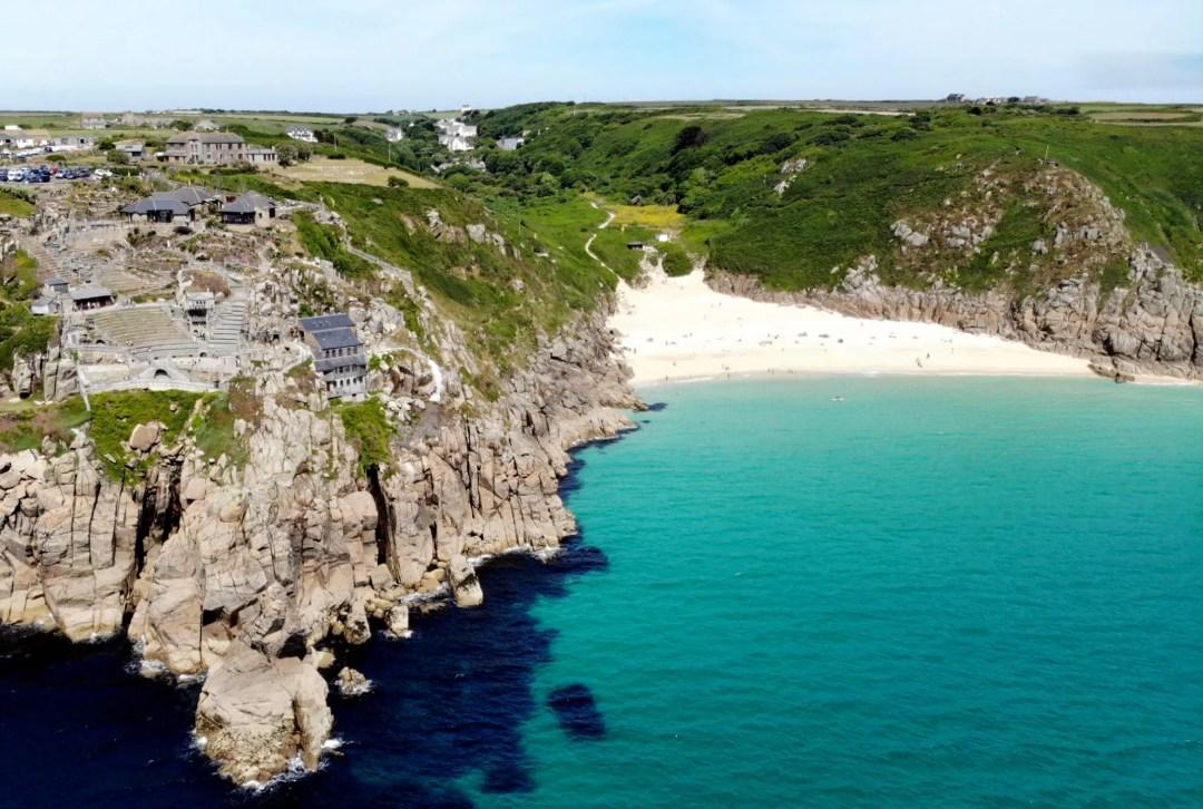 Porthcurno Beach, der schönste Strand in Cornwall