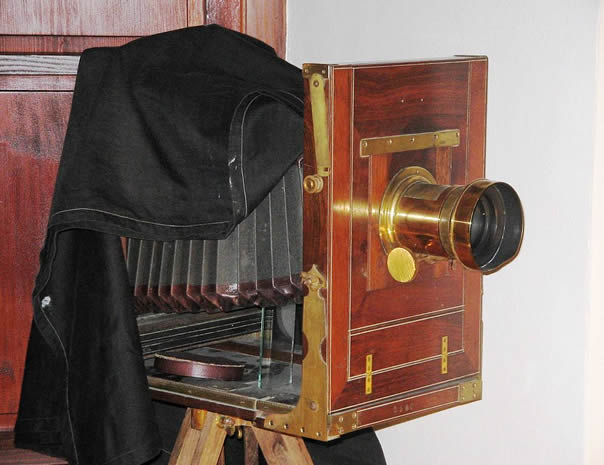 19th century camera - one of the oldest in the world