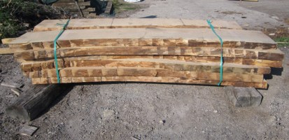 fresh sawn or green Oak curves for making braces in Oak frames