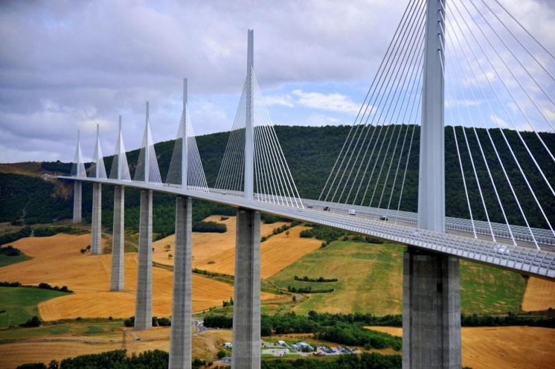 Ponte de Millau na França, a ponte mais alta do mundo