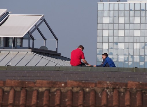 Why You Should Hire Professional Roofers