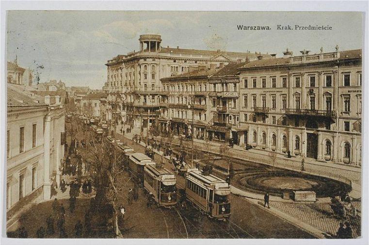 800px-Ulica_Krakowskie_Przedmieście_Warszawa_1910