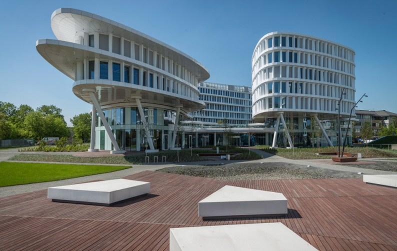 biurowiec_business_garden