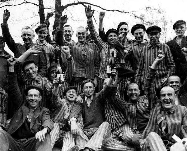 1945 - Liberación - Campo Concentración - Enlace Judío México