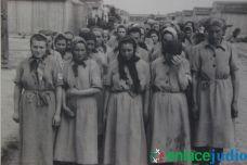 Enlace Judio_Conmemoracion holocausto en el fiesta americana_060
