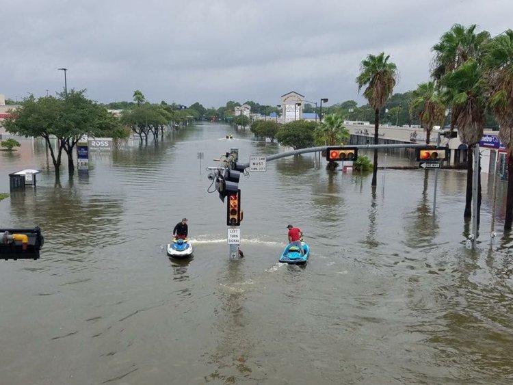Decenas de familias judías han sido afectadas por el Huracán Harvey en Texas