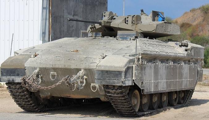 Israel revela la versión mejorada de su blindado Namer, equipado para la guerra urbana