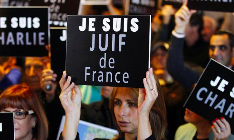 Exodo: Los judíos huyen de los suburbios de París por la ola creciente de antisemitismo