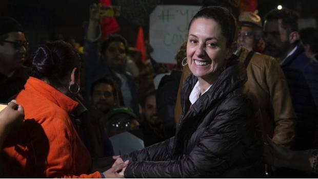 Académicos y activistas respaldan a Claudia Sheinbaum tras ataque en mitin