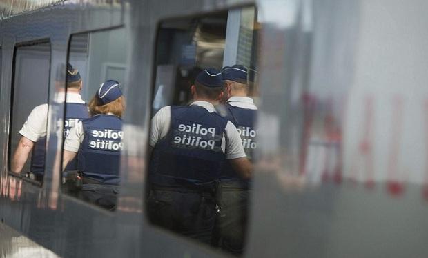 Detienen a un yihadista vinculado a célula terrorista que intentó atentar contra un tren en París en 2015