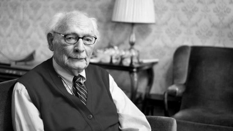 Héroe de la resistencia holandesa, quien salvó a 600 niños judíos muere a los 107 años