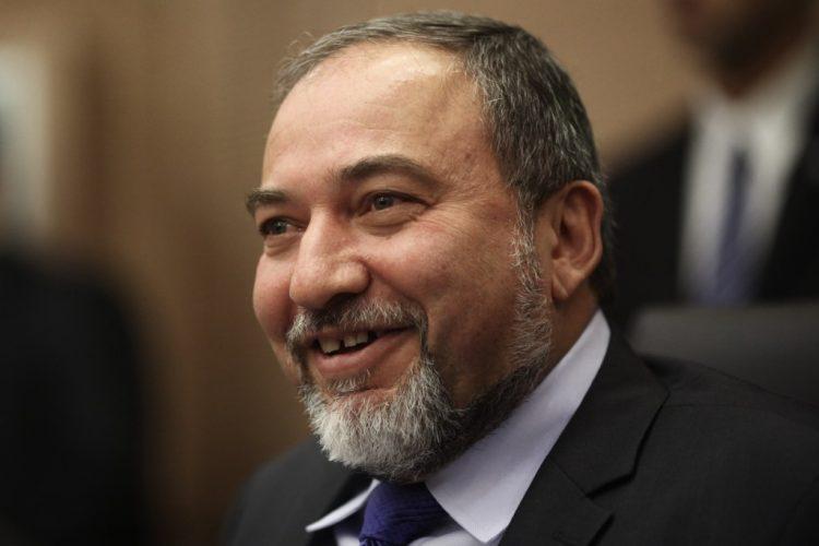 Avigdor Lieberman, Ministro Defensa de Israel, saluda a la Comunidad Judía de México
