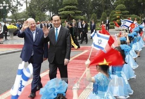 Vietnam e Israel comparten experiencias e iniciativas para el desarrollo común