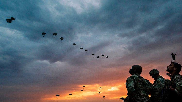 Paracaidistas de las FDI en Europa, por primera vez desde Hannah Senesh