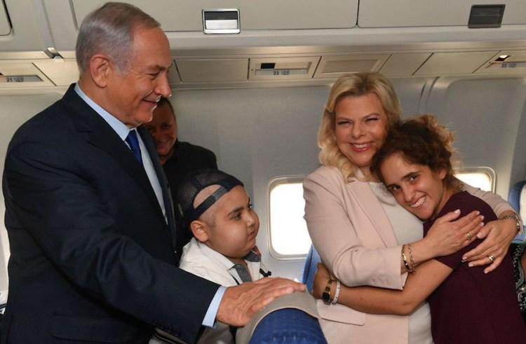 Netanyahu cumple sueño mundialista a 2 jóvenes pacientes con cáncer