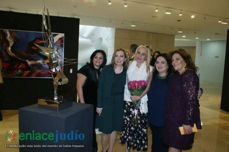 11-DICIEMRE-2018-GRAN EVENTO DE JANUCA E INAGURACION DE ESCULTURA LA FLAMA ETERNA DE LEONARDO NIERMAN EN EL CENTRO MAGUEN DAVID-14