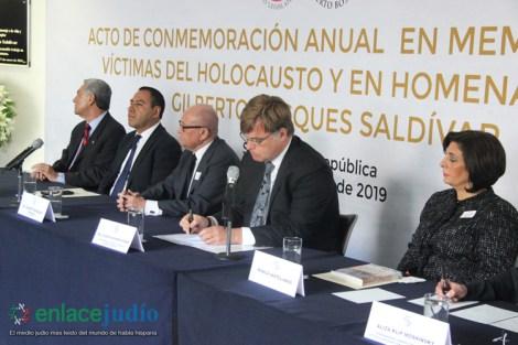 28-ENERO-2019-ACTO DE CONMEMORACION ANUAL EN MEMORIA DE LAS VICTIMAS DEL HOLOCAUSTO EN EL SENADO DE LA REPUBLICA-29