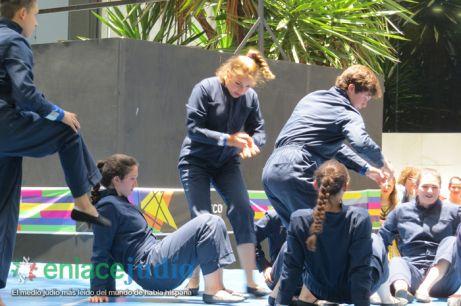 15-07-2019-GRUPOS REPRESENTATIVOS DE BAILES DEL CDI Y MONTE SINAI SE PRESENTARON EN PLAZA MACABI 12