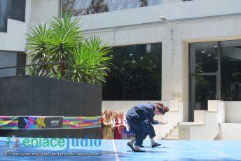 15-07-2019-GRUPOS REPRESENTATIVOS DE BAILES DEL CDI Y MONTE SINAI SE PRESENTARON EN PLAZA MACABI 17