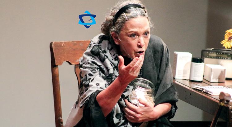 Fanny Sarfati representa en el teatro a Irena Sendler, el Ángel de Varsovia