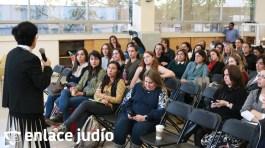 07-02-2020-CONFERENCIA CUANDO EL MAESTRO ESTA PRESENTE EN EL COLEGIO TARBUT 30