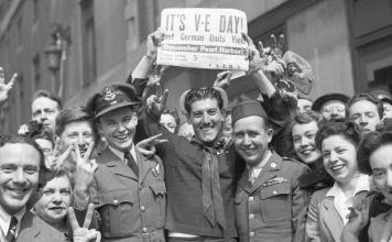 Europa y EE.UU conmemoran este viernes el 75 aniversario del fin de la Segunda Guerra Mundial, desde Washington a Londres, pasando por París y Berlín
