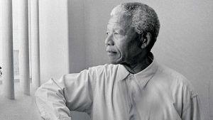 12 de junio pero de 1964, Nelson Mandela fue sentenciado a caena perpetua por haber intentado cometer actos de sabotaje contra el estado Sudafricano