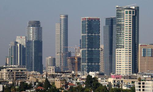 Tel Aviv reducirá estacionamientos en nuevas viviendas para disuadir uso de automóviles