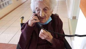 Anciana judía de Sudáfrica celebra sus 111 años en medio de la pandemia