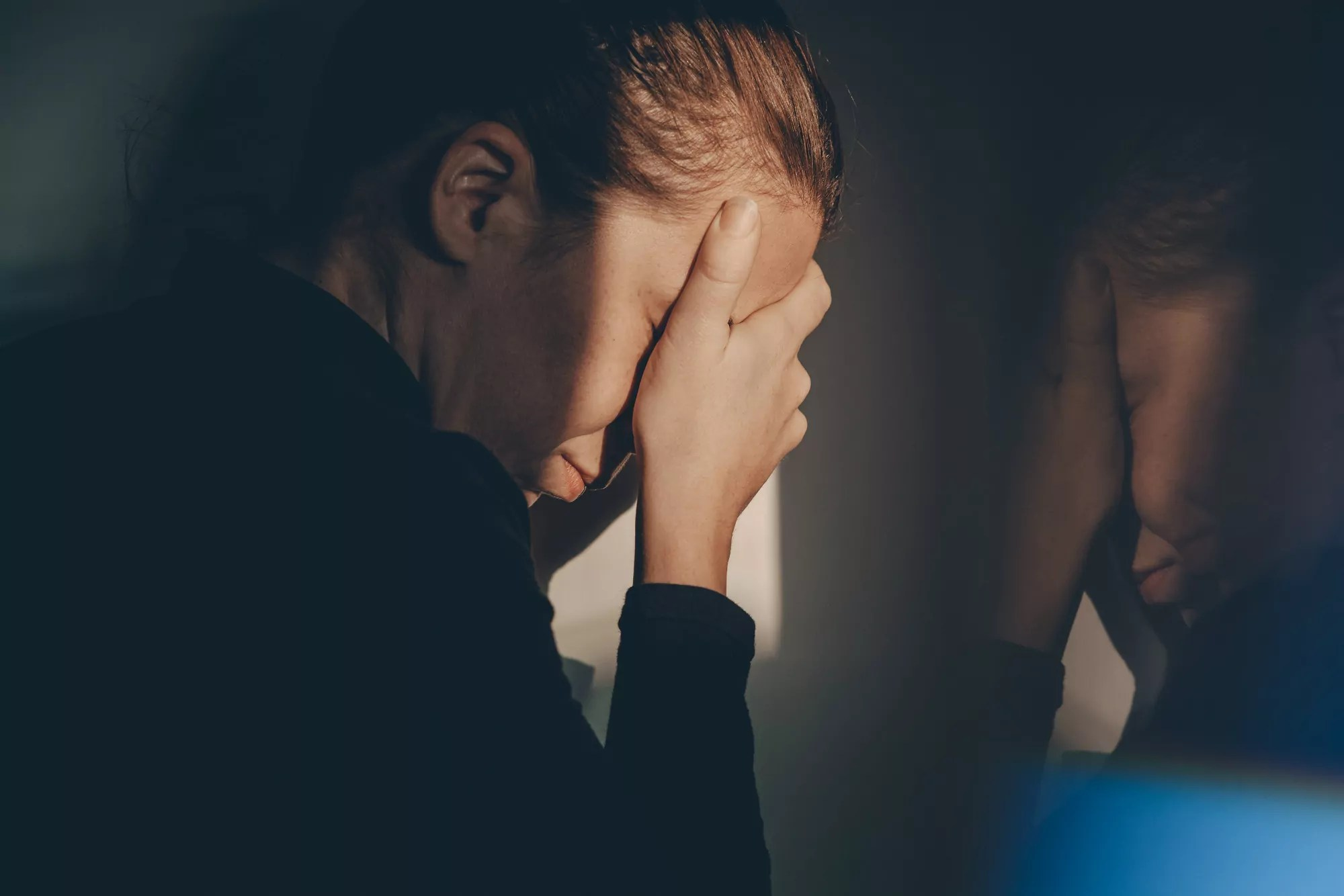 Según Maimónides, el arrepentimiento más creíble ocurre mientras un individuo se da cuenta de su error y se detiene antes de que alguien más lo sepa