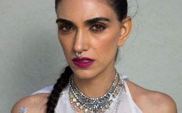 Fotografía de la cantante israelí Liraz Charhi