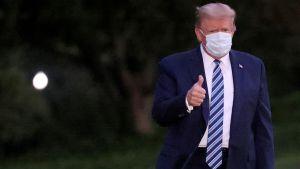 """Donald Trump """"tuvo una primera noche tranquila en casa"""" y no ha informado ningún síntoma de COVID-19 hoy, dijo su médico de la Casa Blanca"""